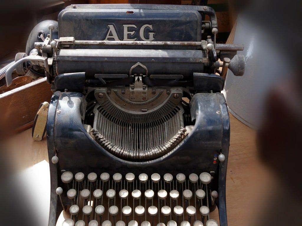 %name punctuation typewriter
